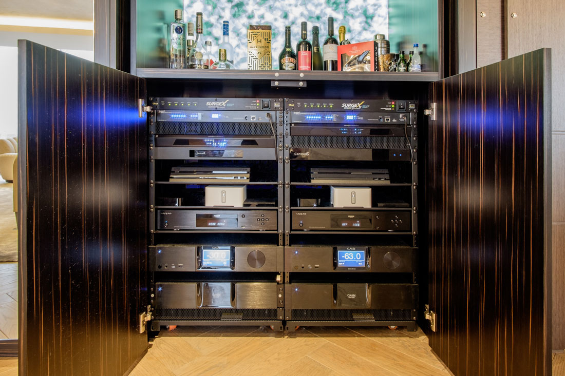 London Penthouse AV Rack